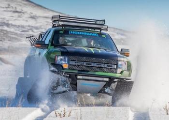 Ford-F150-RaptorTRAX-les-premieres-images-sur-la-route-5